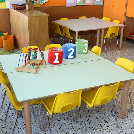 Salle de jeu dans une garderie - Play room in a daycare center